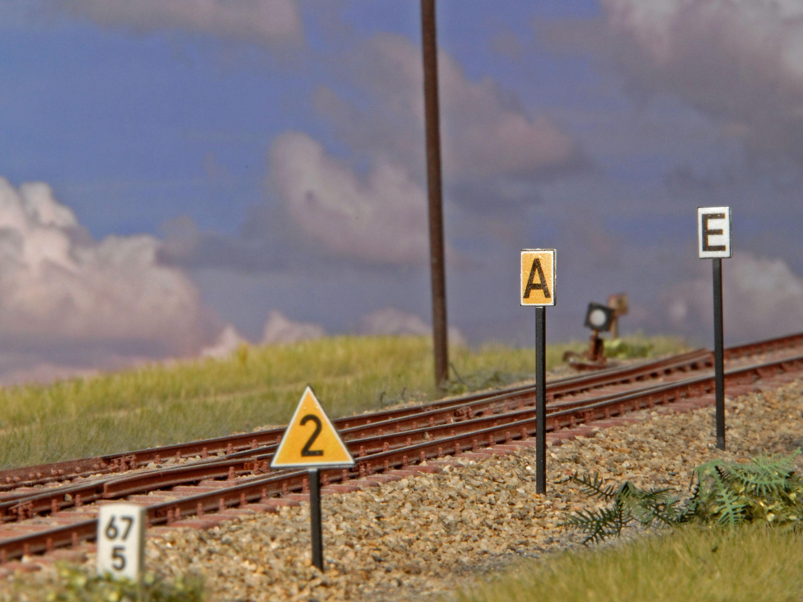 Langsamfahrsignale (Spur H0)