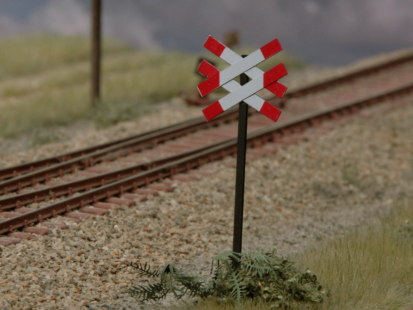 Warnkreuz für mehrgleisige, unbeschrankte Bahnübergänge (VE 2 Stück)